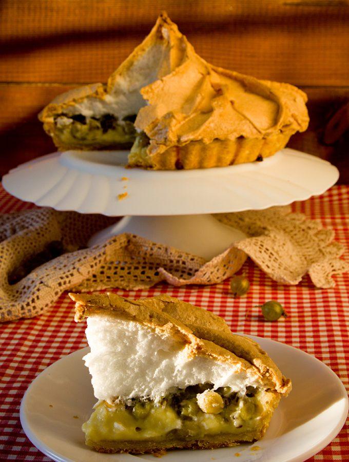 Пирог с крыжовником, меренгой и заварным кремом (Шарлотта Бронте. «Джен Эйр»)