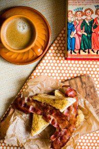 Сэндвич с беконом и бананом (Агата Кристи. «Вилла «Белый конь»)