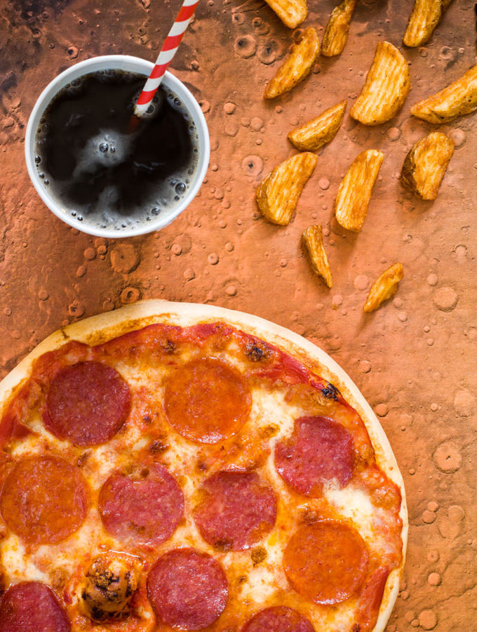 Марсианский картофель и земная пицца для Марка Уотни (Энди Уир. «Марсианин»)