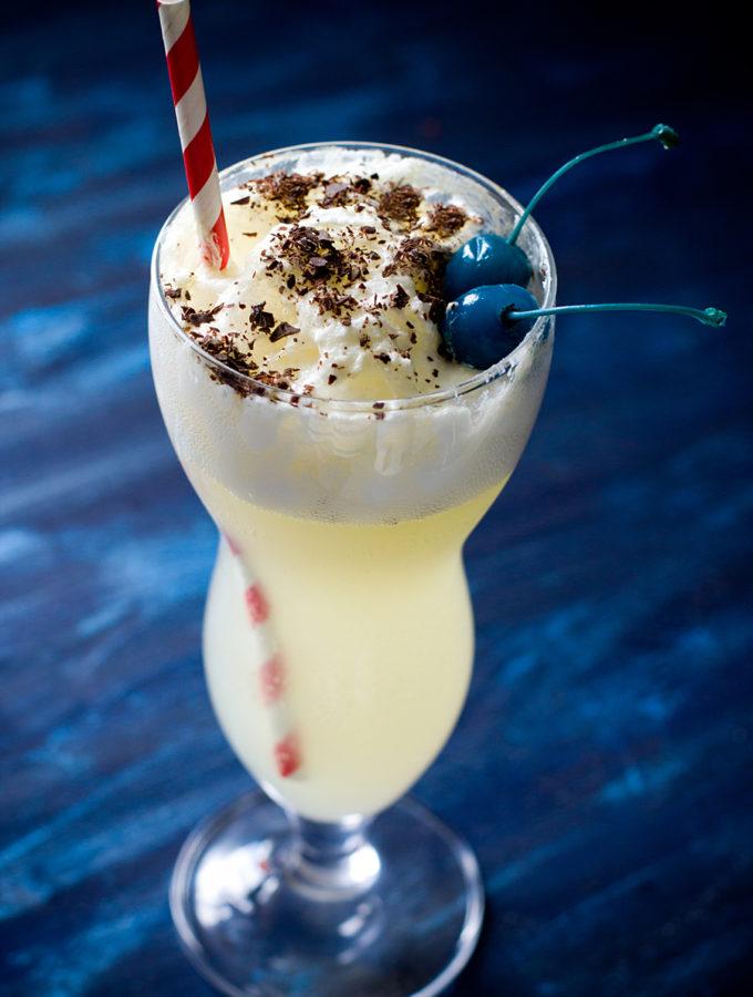 Мороженое с газировкой (Агата Кристи. «Скрюченный домишко»)