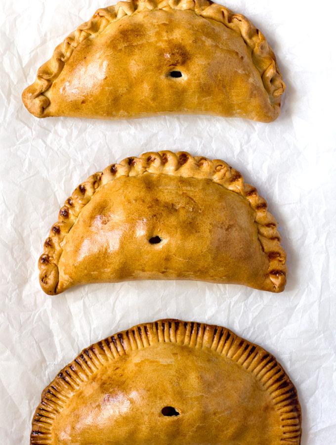 Корнуоллские пирожки (Джеральд Даррелл, Агата Кристи и другие)