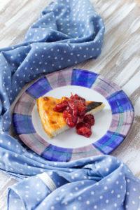 Сырная лепёшка Ostkaka (Астрид Линдгрен. «Эмиль из Лённеберги»)