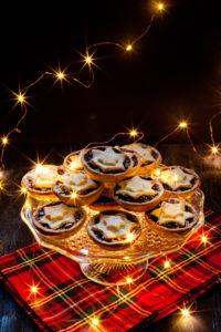 Минс-пайс — рождественские пирожки с сухофруктами (Дж. Р. Р. Толкин, Чарльз Диккенс и другие)